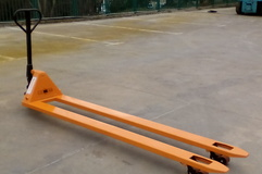 LIFTEX Easy 2500 transpaleta manuala lunga,