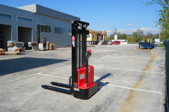 LIFTEX 1030E Stacker electric, Electrice
